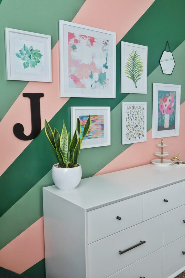 Teen Bedroom Makeover - The house of smiths - wall gallery - teen style